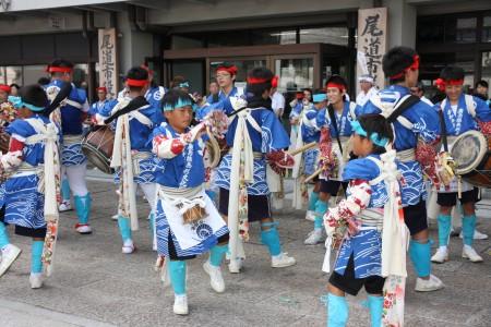 吉和太鼓踊り1.JPG