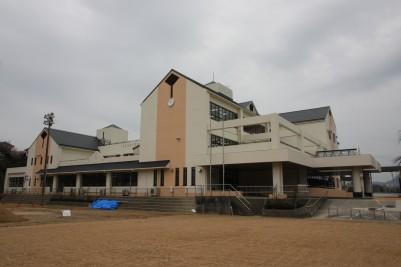 因島南小学校外観.JPG