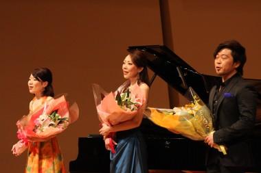 左より守谷由香さん、堀万里絵さん、村上公太さん.JPG