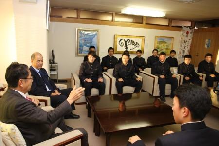 尾道高校ラグビー部市長表敬訪問.JPG